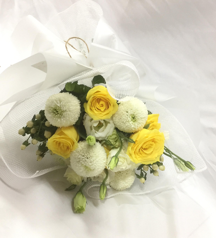 七夕节女朋友礼物素雅花束 简约清新花束女朋友花束白黄色系鲜花
