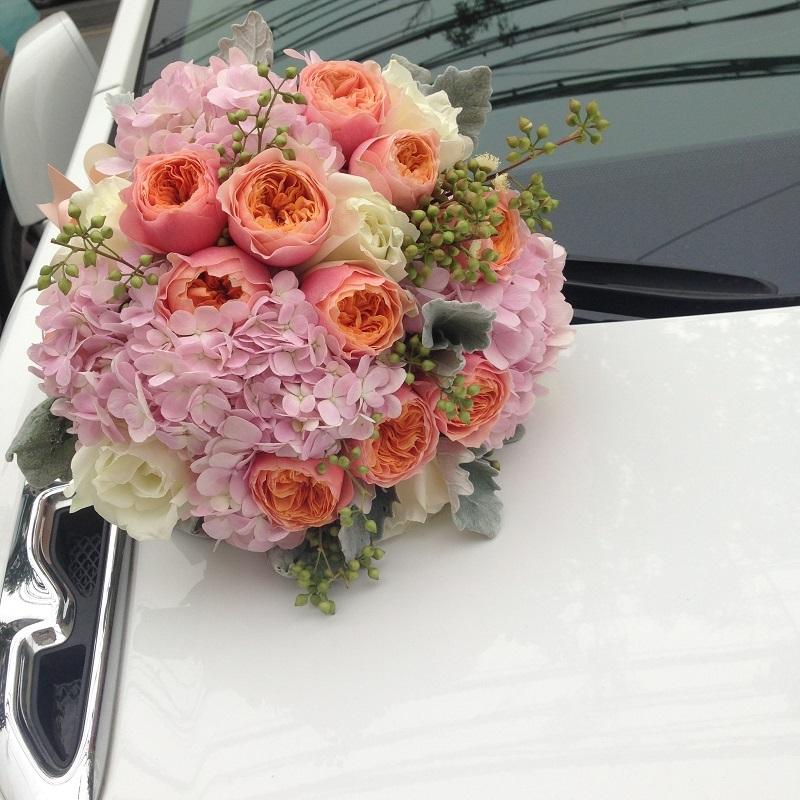 热卖新娘手捧花束鲜花速递欧式中式婚礼深圳上海北京广州全国同城送图片