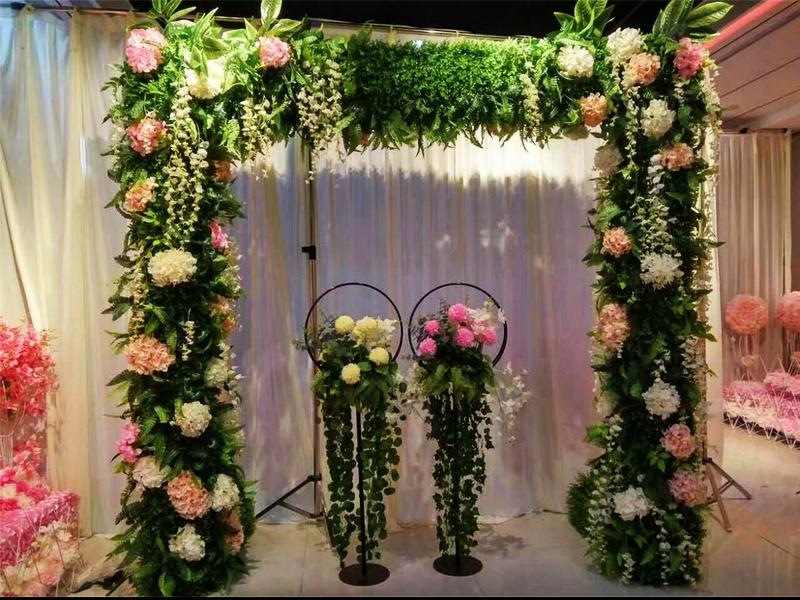 新款森系花门欧式婚庆拱门户外铁艺花架幸福门婚礼现场布置道具图片