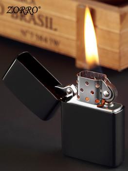 Лёгкие керосиновые зажигалки,  Зорро уголь масло зажигалка сбор винограда воспоминания творческий ветролом личность медь ретро сделанный на заказ посыльный друг встряска звук в этом же моделье, цена 559 руб