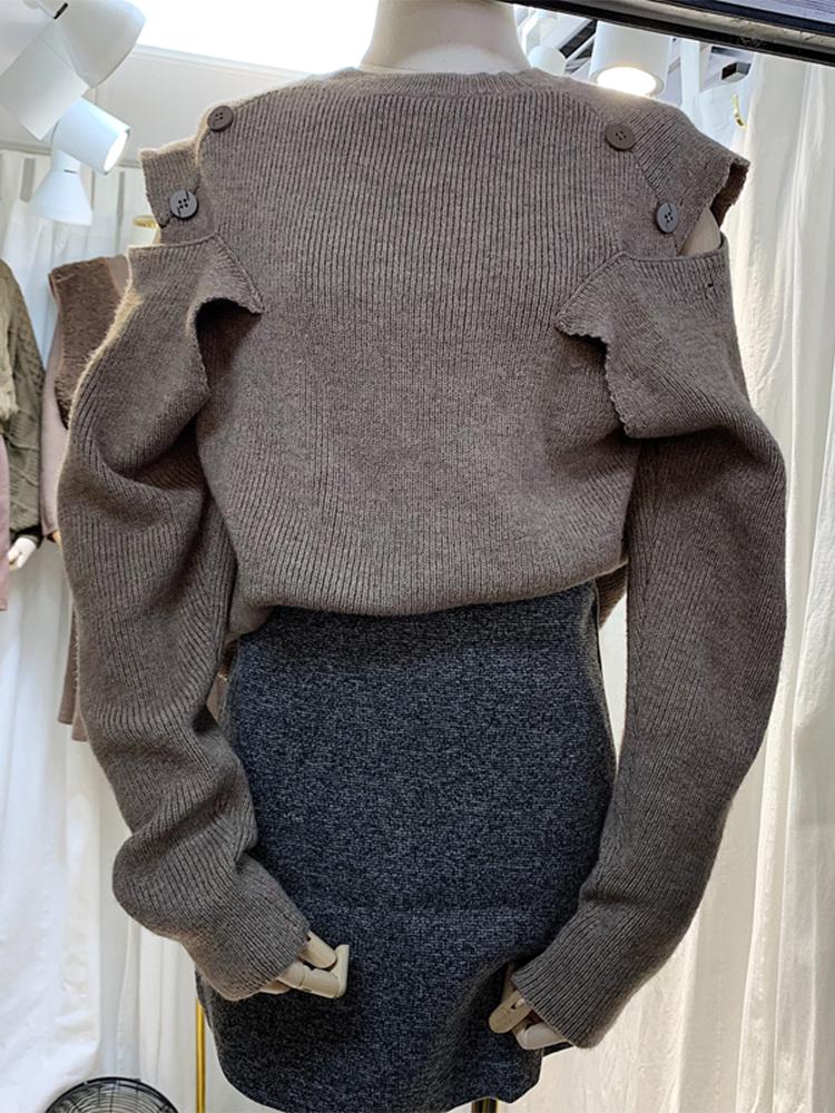 东大门2019秋季新款女装净色韩版钮扣露肩时尚气质显瘦套头毛衣