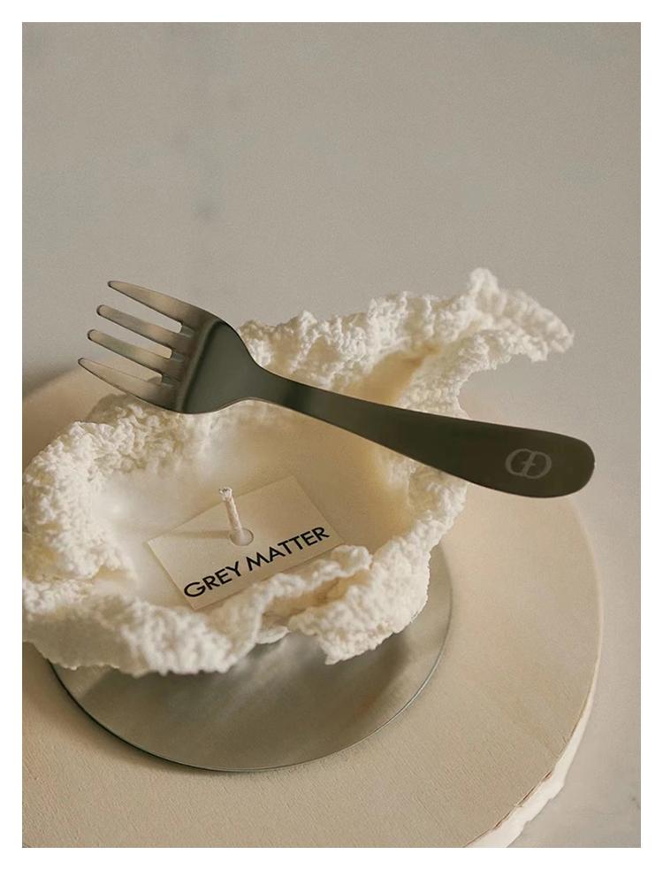 IINC買手店 GREY MATTER天然白茶味奶油蛋糕手工香薰藝術禮盒香氛香薰蠟燭