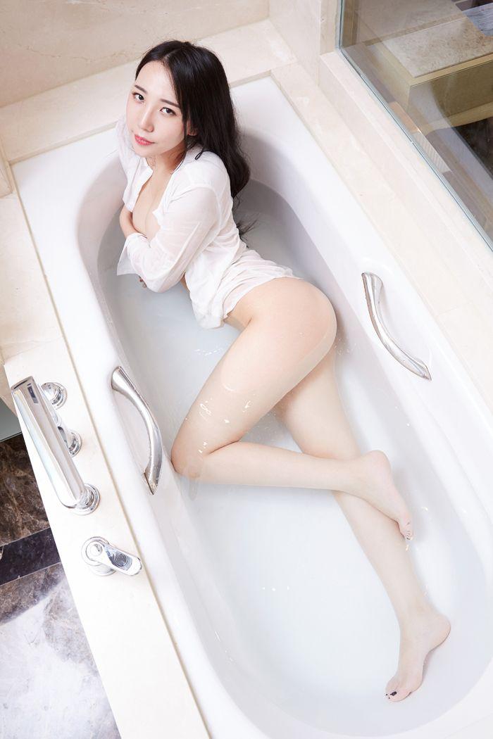 福利美图_极品兔女郎文妮透视装湿身诱惑写真套图