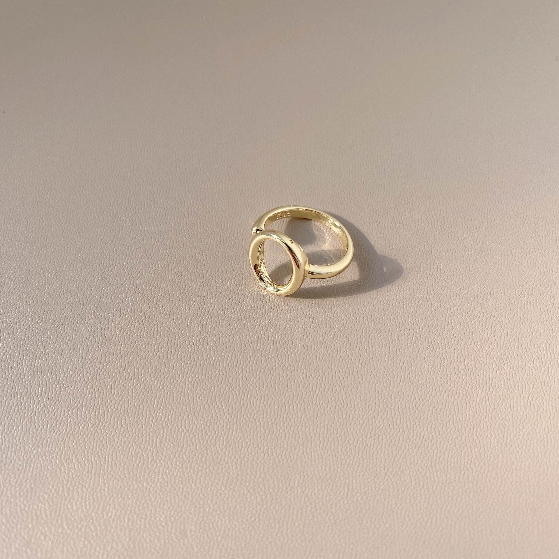 中國代購|中國批發-ibuy99|金属镂空打结开口可调节食指戒指女ins潮日系轻奢小众设计感指环