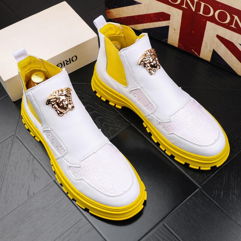 高帮男鞋秋季新款马丁靴潮男牛仔短靴韩版百搭白色休闲鞋男士皮靴
