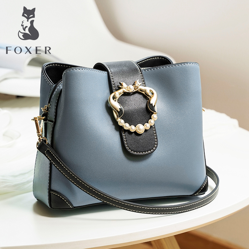 Golden fox leather bucket bag women's bag new 2019 fashion one-shoulder autumn and winter ladies simple stiletto small bag girl.