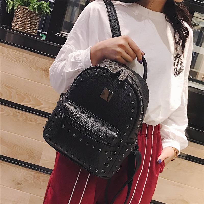 铆钉双肩包女2018新款韩版街头潮流校园学生包时尚PU皮背包旅行包