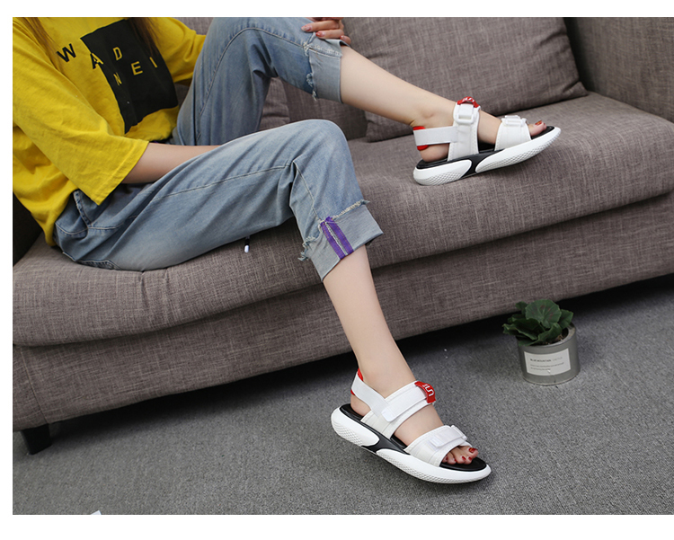 Summer 2018 new flat sandals female students wild magic stickers casual shoes. 74