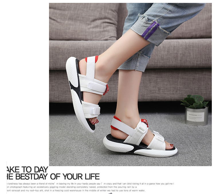 Summer 2018 new flat sandals female students wild magic stickers casual shoes. 68