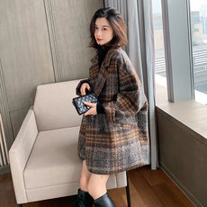Plaid woolen coat for women's middle and long autumn/winter 2019 fashion new Korean version of the short tweed coat trend