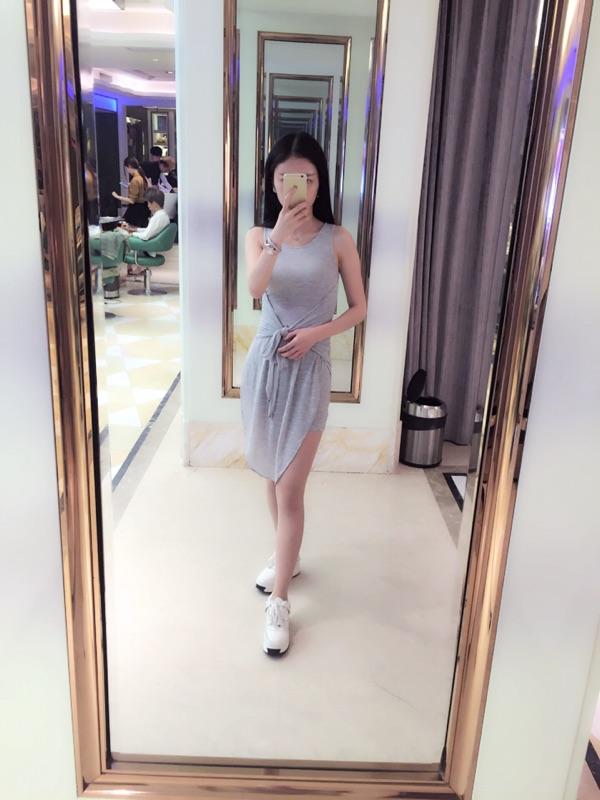 型色缤纷春装新款韩版性感侧开叉短裙显瘦修身气质包臀无袖连衣裙