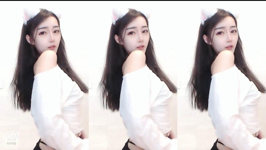 小小小月亮亮2019082421热舞直播视频