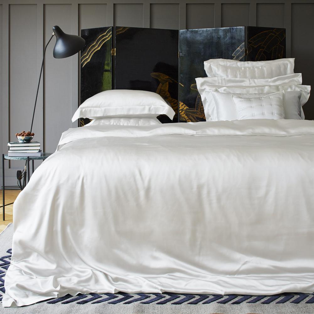 MODU. Tùy chỉnh cao cấp lụa tơ tằm lụa giường lily túi gối vỏ chăn quilt bốn mảnh đặt tùy chỉnh - Trang bị Covers