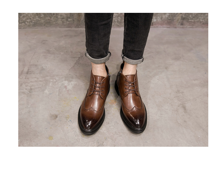 新款尖头布洛克系带 男皮靴高帮 鞋马丁靴工装靴 78092P115