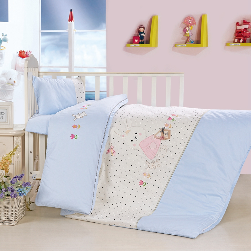 Children's cotton satin embroidered infant Garden Quilt three-piece core seven-piece cotton flower mother quilt