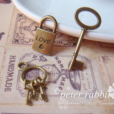 日韩情侣手链一对创意情人节礼物钥匙锁吊坠男女学生送女友闺蜜新