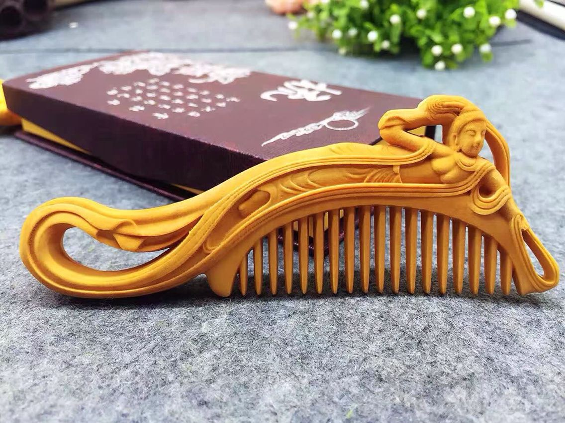 Usd boxwood carved wooden comb wholesale from china