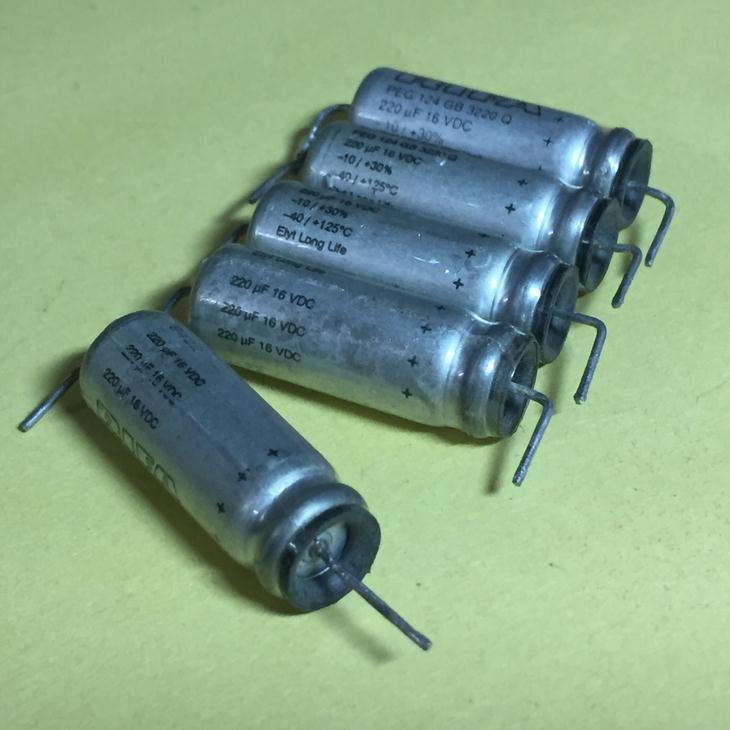 瑞典产EVOX RIFA PEG 124 220UF 16V 轴向发烧电解电容 成色拆机