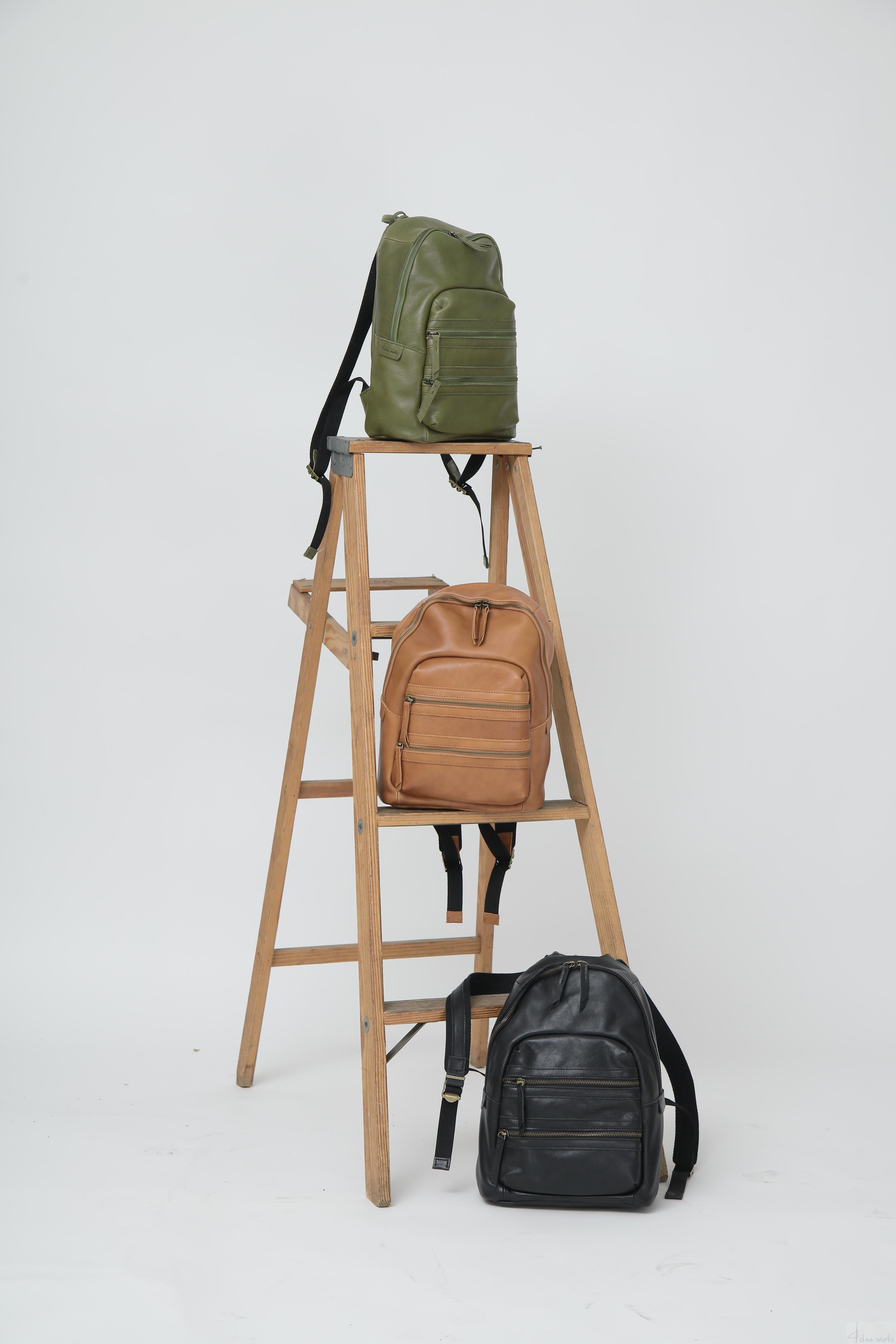 韩国代购4deaworks正品新款 复古学院风真皮背包 头层牛皮双肩包