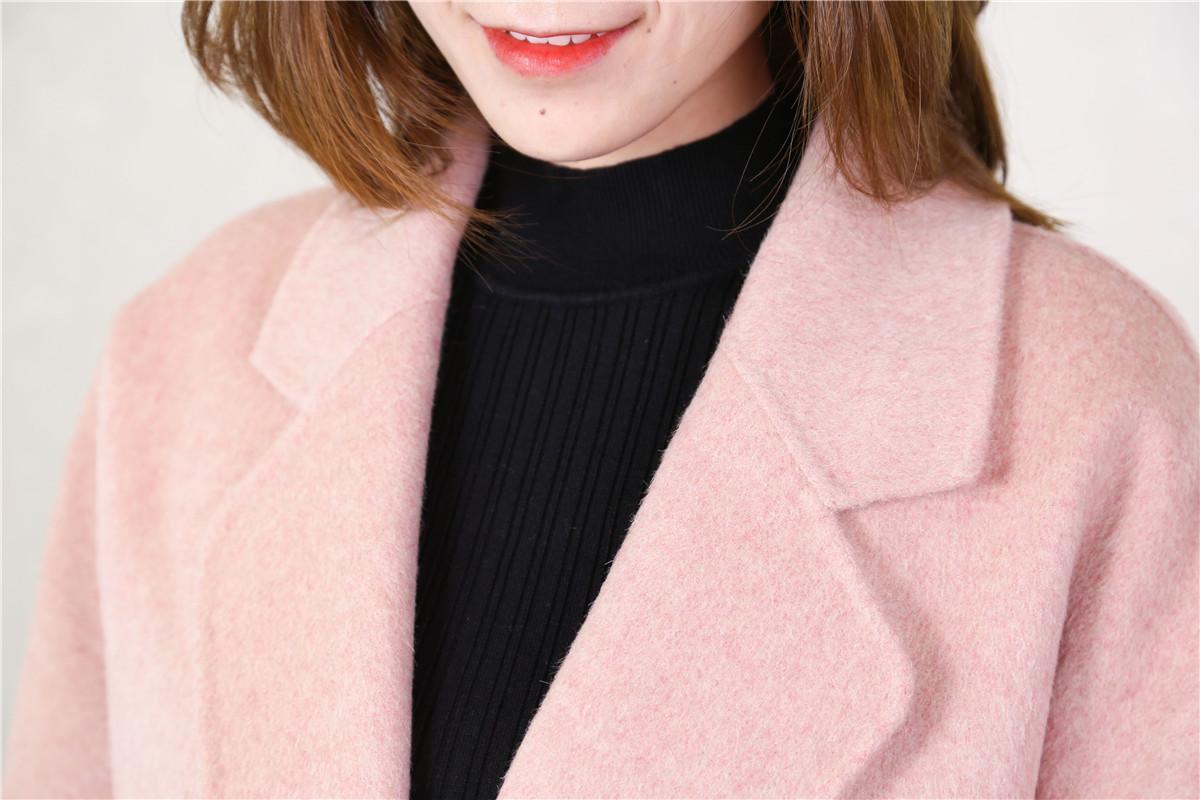 初春粉色系,用温柔大衣提升魅力12