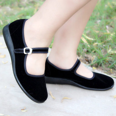 Old Beijing black cloth shoes female work shoes flat with a belt mother shoes large size women's shoes soft bottom 34-41424344