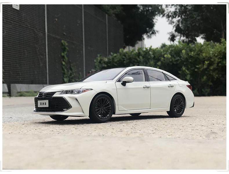 Xe mô hình Toyota Asia Dragon AVALON tỉ lệ 1:18 - ảnh 9