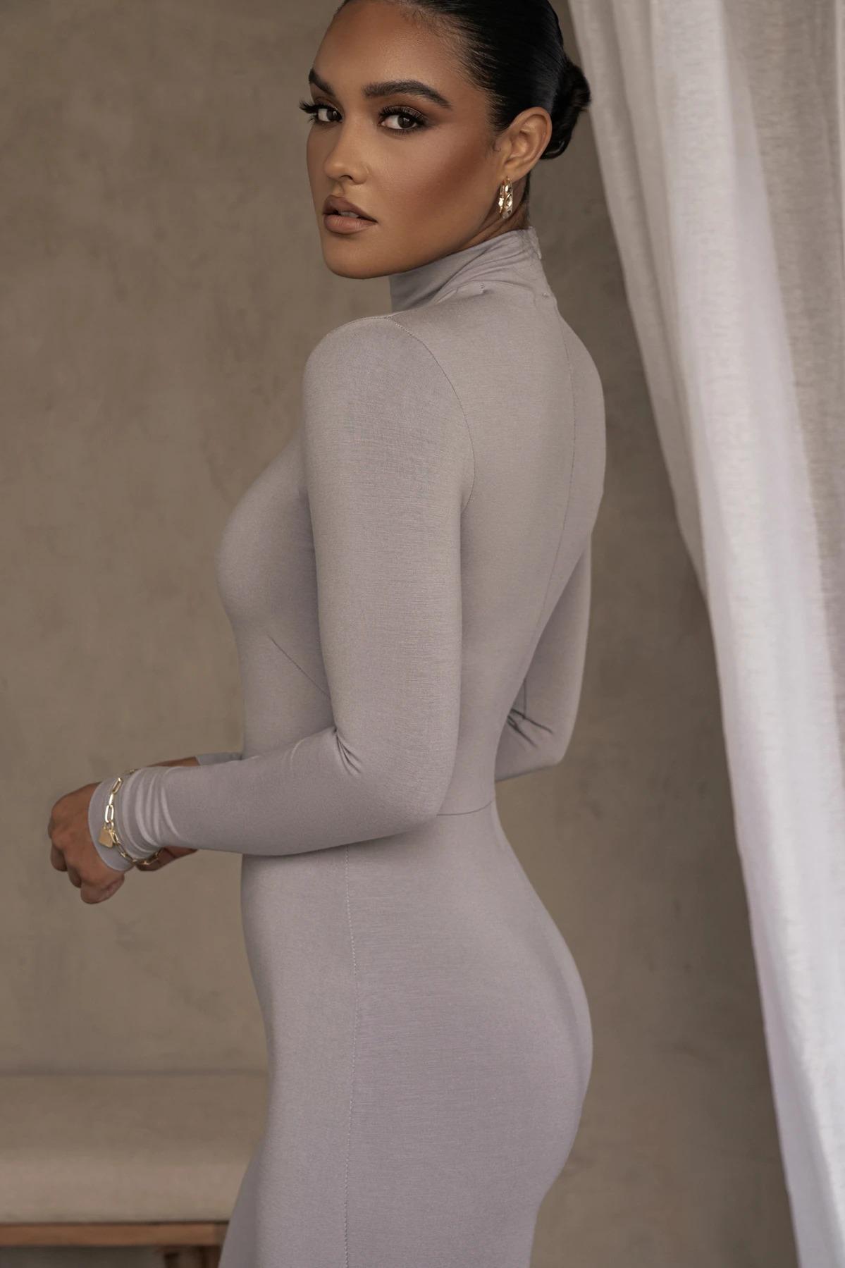 大方高端女裝Tight-Fitting Long Sleeve Jumpsuit 純色性感緊身連身褲