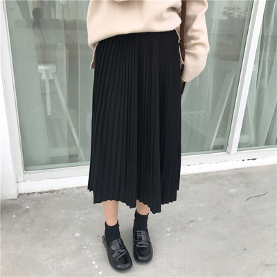 Early spring women's elastic waist was thin students wild retro pleated long A word big swing skirt
