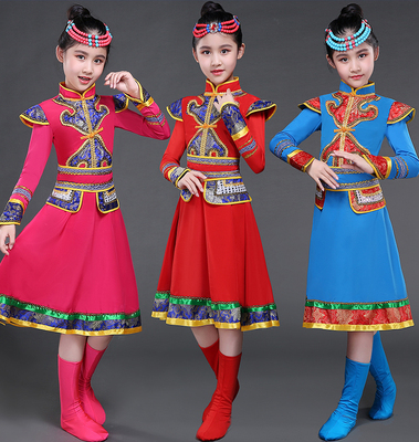 Fewer children, Mongolian dance, skirts, kindergartens, ethnic minorities, Mongolian girls, table costumes, girls.