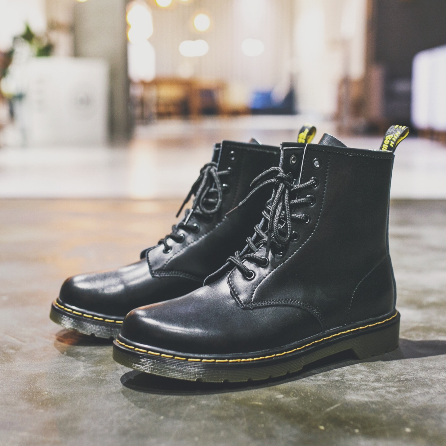 cea91792419 Winter Martin boots men's ugg boots high top short boots military boots  desert England leather black damp cotton overalls autumn