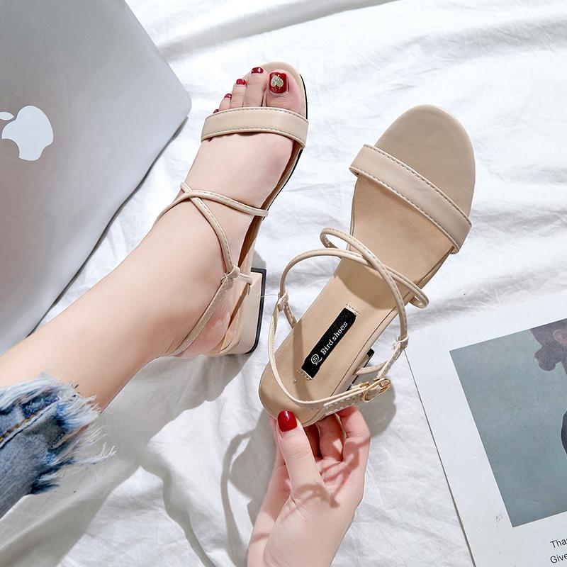 凉鞋女春季2019新款时尚粗跟女鞋百搭韩版学生一字带低跟罗马鞋子