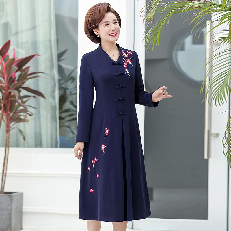 中老年女装妈妈春装连衣裙2019新款40-50岁高贵洋气长袖过膝裙子