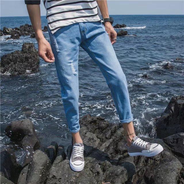 夏季男士破洞牛仔裤子潮流修身直筒薄款9九分裤学生小脚8八分男裤
