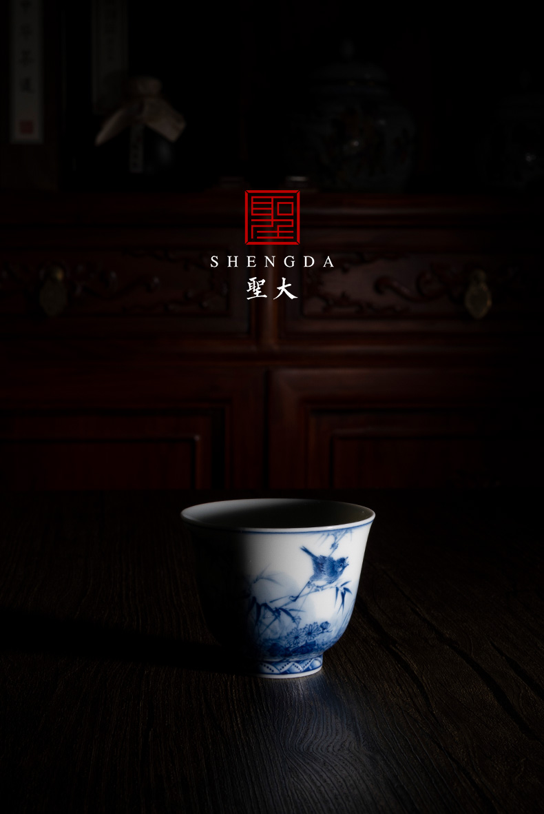 """Holy big blue - and - white porcelain """", """"bamboo finch figure"""" master cup sample tea cup all hand jingdezhen tea cup"""