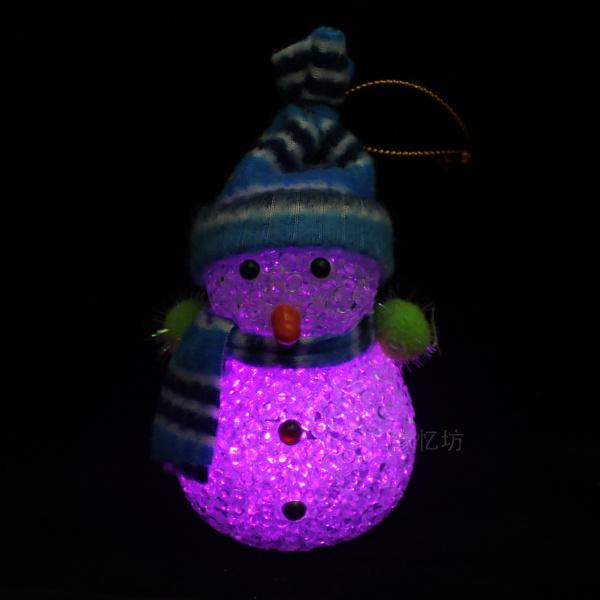 戴帽子七彩雪人七彩围巾小夜灯雪人水晶灯圣诞节创意快闪led灯