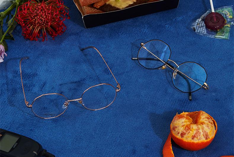 冬日凹造型的金丝眼镜框,按脸型挑就对啦