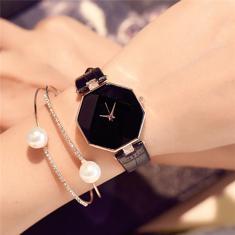 韩国奢华气质菱形女士时装手表女中学生韩版简约小巧皮带复古女表