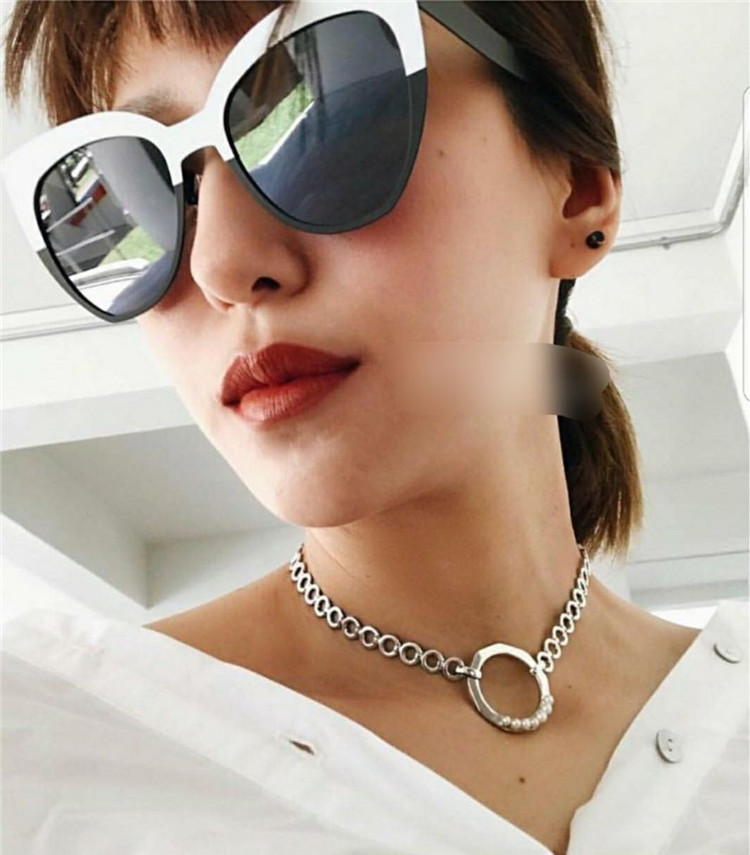 South Korea's new black and white color cat metal sunglasses personality retro-faced round face female sunglasses