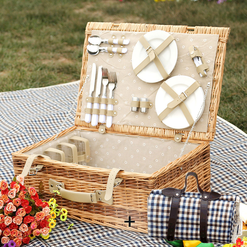 LWT-034 MEAL BASKET + UPGRADE 4 PERSON STAINLESS STEEL CUTLERY + PICNIC MAT