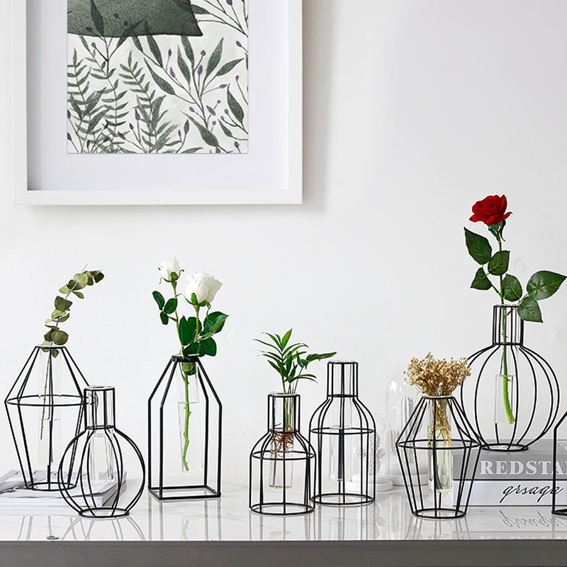 Nordic Style Simple Geometric Wrought Iron Transparent Glass Water