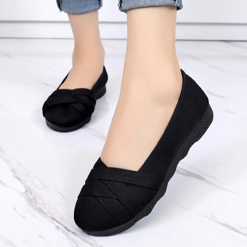 老北京布鞋女春2018新款时尚鞋平跟中老年人女士大码妈妈软底鞋子