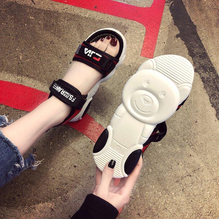 2019夏季新款女鞋休闲女式凉鞋小熊运动风一字型露趾魔术贴凉拖潮_领取160元淘宝优惠券
