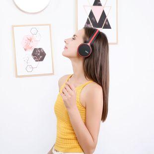 听音乐有态度,选择头戴式耳机