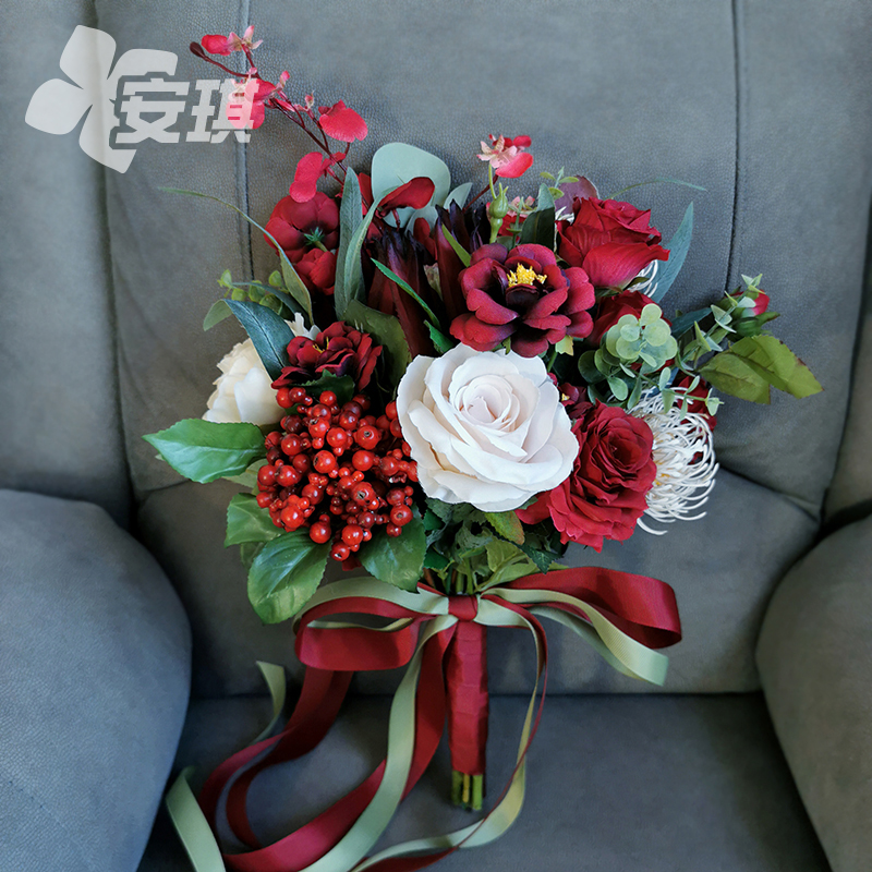 Chinese style large bridal bouquet bouquet simulation wine red emperor red flower show Wo wedding Lissen travel photo props