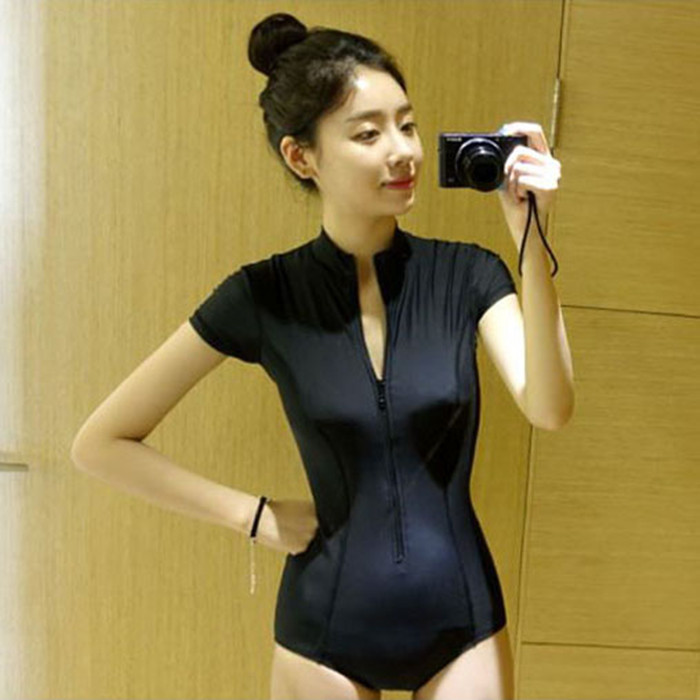e668da6702e50 South Korea's new swimwear women's conjoined cover belly was thin  conservative black sexy small chest gathered