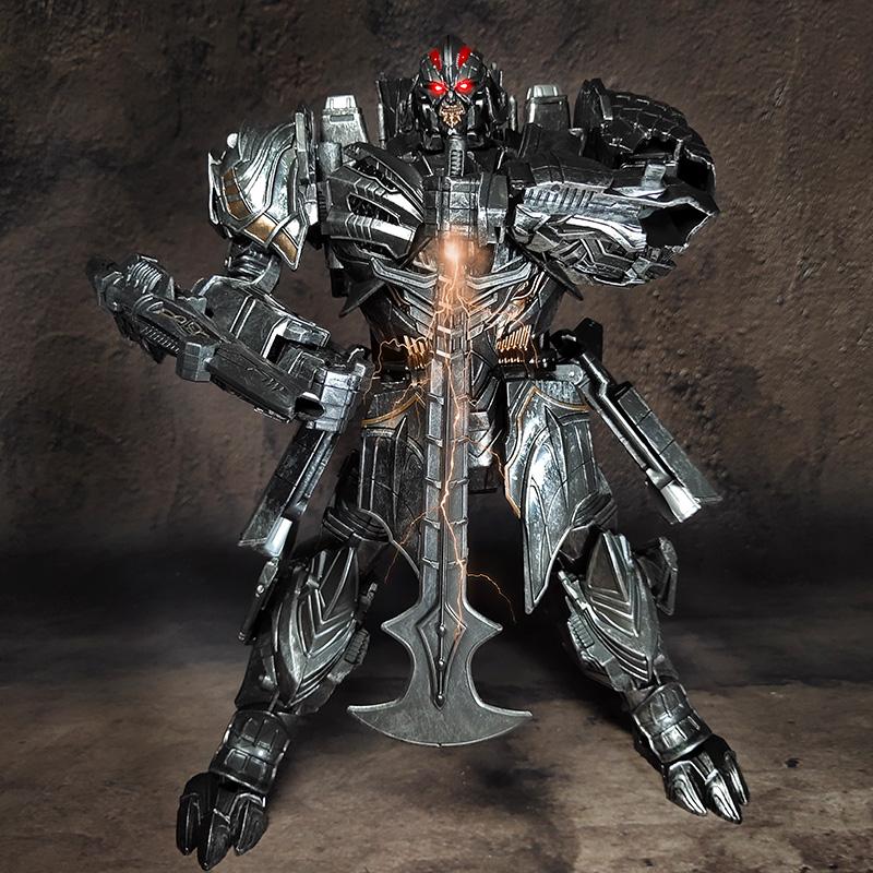 Uy tín tại chỗ sẽ làm hỏng máy bay Weixin đầu chạm khắc mô hình máy bay biến dạng L-class phiên bản hợp kim trở thành 5 chiếc Laowei 8098 được sơn lại - Gundam / Mech Model / Robot / Transformers