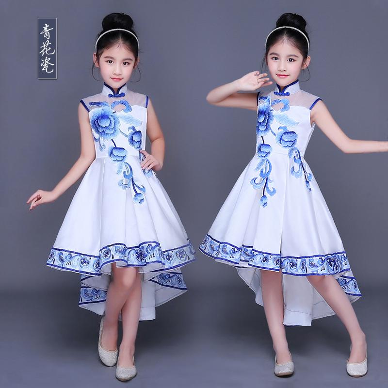 六一儿童演出服青花瓷幼儿园舞蹈裙学生大合唱服表演服跳舞燕尾女