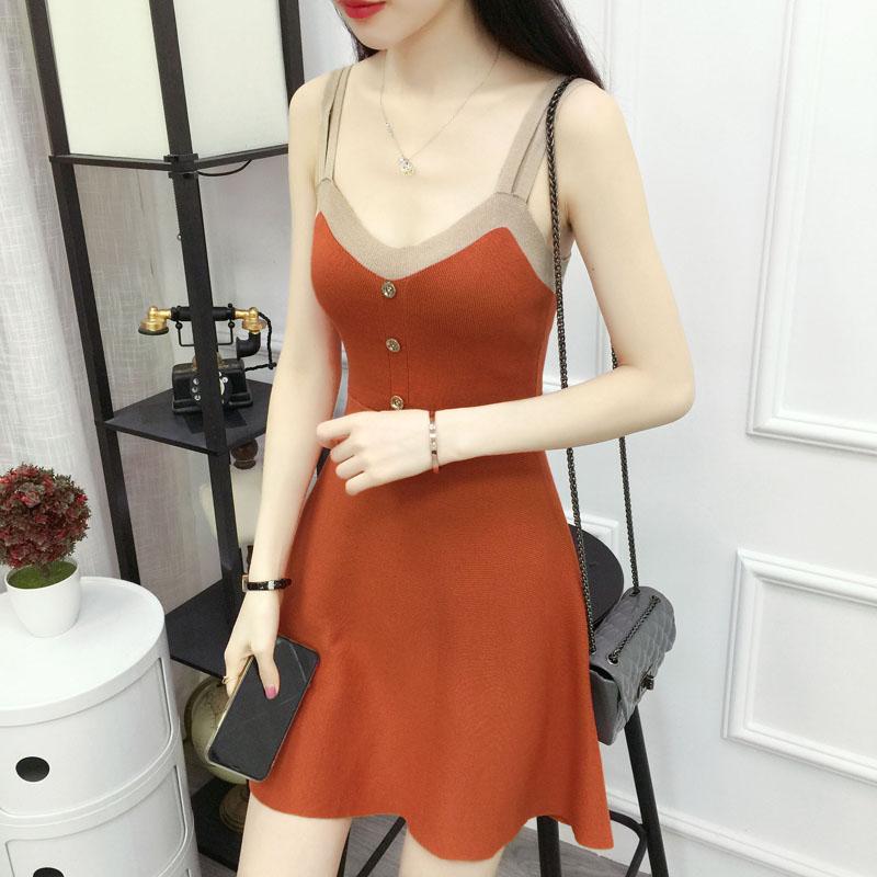 2019夏季女装新款裙子v领露背无袖针织连衣裙中长款显瘦吊带女潮