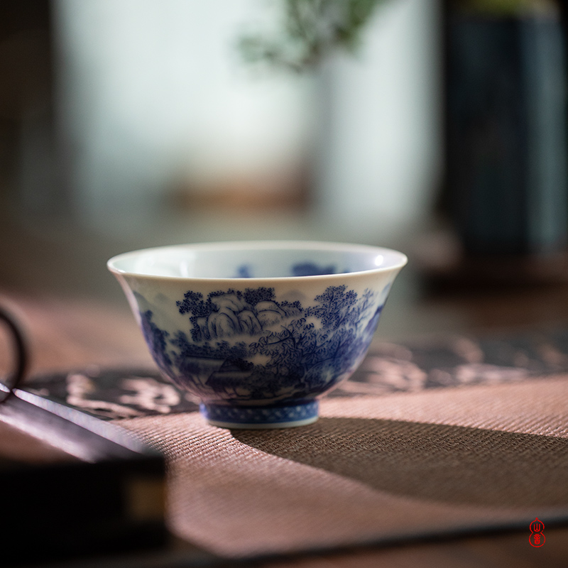 The Day blue green room inside and outside the landscape left koubei jingdezhen ceramic hand - made kung fu tea cups single CPU