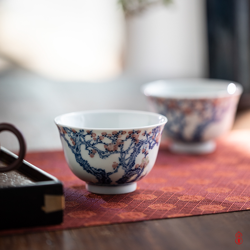 Blue and white jade hidden mountain room youligong hue of jingdezhen checking ceramic cups master cup kung fu tea set